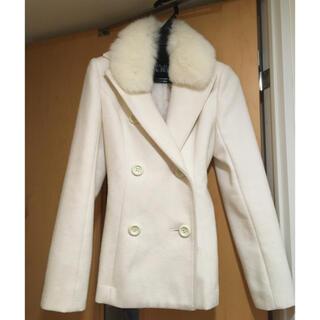 セシルマクビー(CECIL McBEE)のセシルマクビー フォクスファー付き ホワイトコート アンゴラ60%(ピーコート)