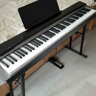 カシオ(CASIO)の電子ピアノ CASIO PriviA (電子ピアノ)
