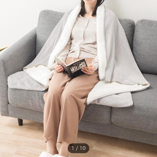 ニトリ(ニトリ)の新品未使用☆ニトリ スローケット ブランケット ケーブル柄 ボア(毛布)