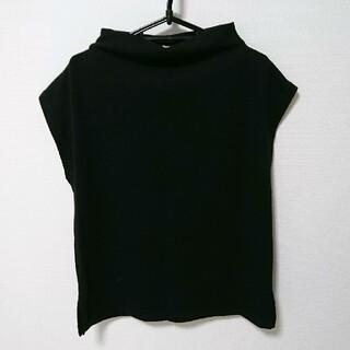 ジーユー(GU)のGU 半袖ブラックトップス(カットソー(半袖/袖なし))