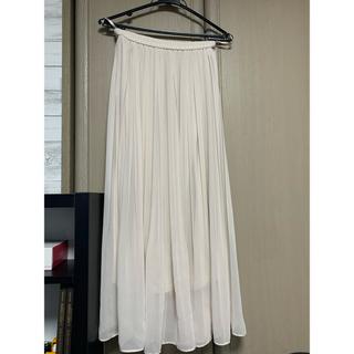 ユニクロ(UNIQLO)のプリーツスカート(ロングスカート)