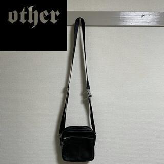 フィアオブゴッド(FEAR OF GOD)のother uk グレインレザーショルダーバッグ(ショルダーバッグ)
