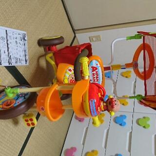 美品 アンパンマン デラックス2 三輪車 (三輪車)