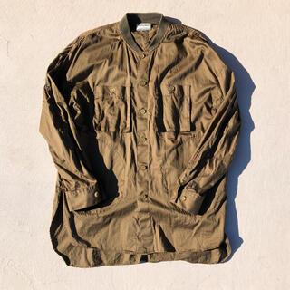 オニツカタイガー(Onitsuka Tiger)のオニツカタイガー アンドレアポンピリオ コラボシャツジャケットM(シャツ)