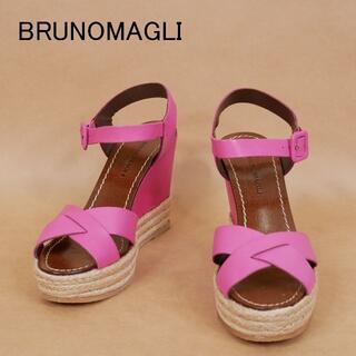 ブルーノマリ(BRUNOMAGLI)の未使用 BRUNOMAGLI ブルーノ マリ 35 1/2 ピンク サンダル(サンダル)