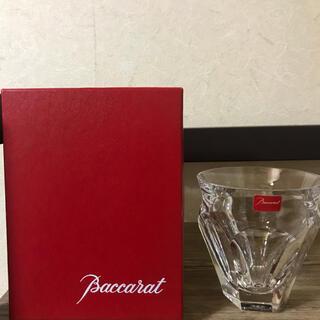 バカラ(Baccarat)の特価!三脚セット (グラス/カップ)