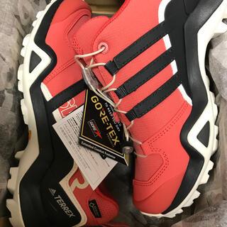 アディダス(adidas)の【新品★送料込】アディダス★トレッキング★23cm(登山用品)