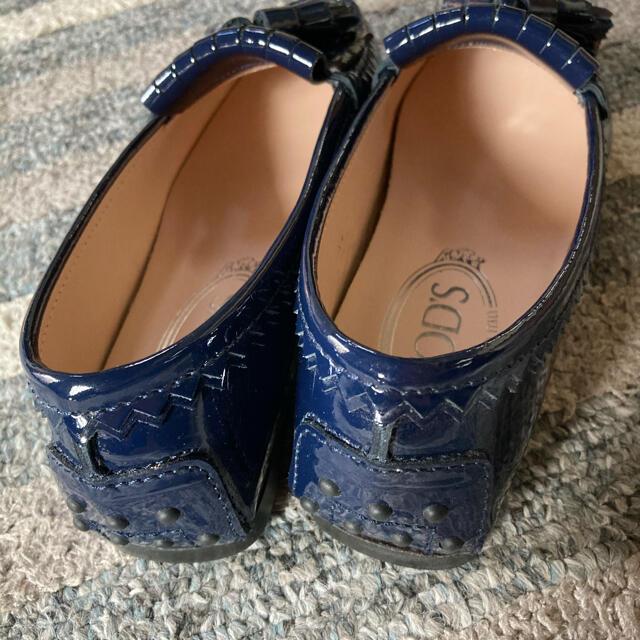 TOD'S(トッズ)の値下げ Tod's ローファー エナメル ネイビー サイズ34 レディースの靴/シューズ(ローファー/革靴)の商品写真