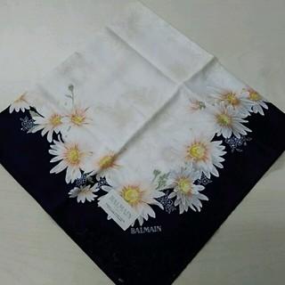 バルマン(BALMAIN)の花柄バルマンハンカチ(ハンカチ)