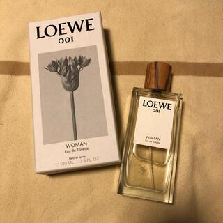 ロエベ(LOEWE)のアウラ  ロエベ  オードパルファム Loewe 001 Woman(香水(女性用))