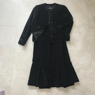 シャネル(CHANEL)のシャネル 黒 スーツ(スーツ)