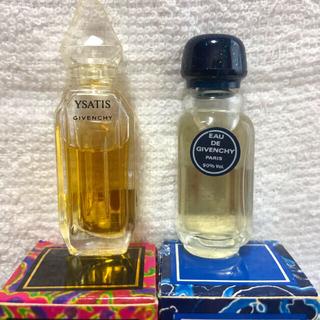 ジバンシィ(GIVENCHY)のジバンシィ オーデトワレ(香水(女性用))