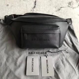 バレンシアガ(Balenciaga)の Balenciaga    ウエストポーチ(ウエストポーチ)