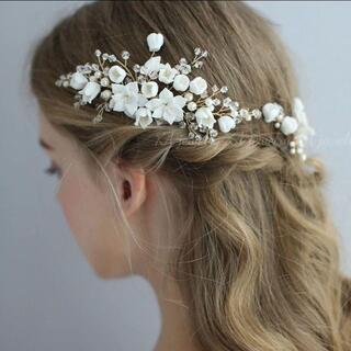 ☆新品3点セット ゴールド ヘッドドレスコーム ブライダル ウェディング 結婚式(ウェディングドレス)