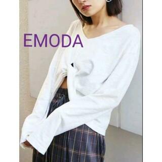 エモダ(EMODA)のロールアップカットソー ブラック(カットソー(長袖/七分))