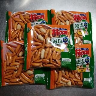 カメダセイカ(亀田製菓)の亀田の柿の種 減塩 5袋(菓子/デザート)