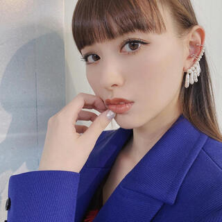 ハイク(HYKE)のlautashi  ear cuff with pearl - big(イヤーカフ)