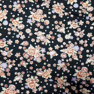 和柄生地 110×100cm 使用部分68×29cm 手芸 ハンドメイド 裁縫 (生地/糸)