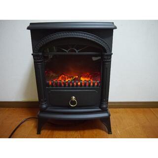 ニトリ(ニトリ)のたこ様専用ニトリの暖炉型ファンヒーターNTL1000K16 2016年製(ファンヒーター)