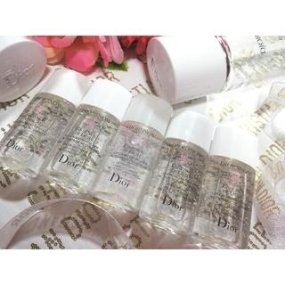 クリスチャンディオール(Christian Dior)の💖DIOR💖✨NEW✨ディオールスノー【薬用化粧水】5本=75ml【新品】✨(化粧水/ローション)