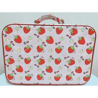 スイマー(SWIMMER)のSWIMMER スイマー キャリーバッグ イチゴ柄(スーツケース/キャリーバッグ)