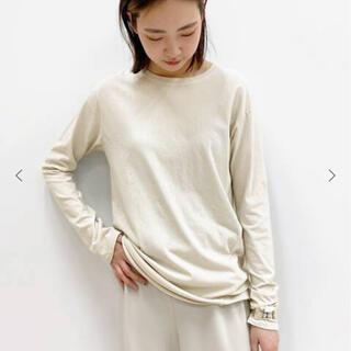 アパルトモンドゥーズィエムクラス(L'Appartement DEUXIEME CLASSE)のAP STUDIO  Distortion Tシャツ    ホワイトB(カットソー(長袖/七分))
