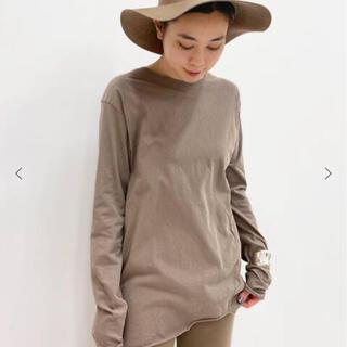 アパルトモンドゥーズィエムクラス(L'Appartement DEUXIEME CLASSE)のAP STUDIO  Distortion Tシャツ   (カットソー(長袖/七分))