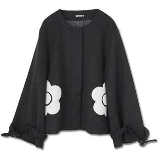 マリークワント(MARY QUANT)の新品 マリークワント デイジーサガラ ショートコート 黒(ノーカラージャケット)