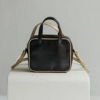 アメリヴィンテージ(Ameri VINTAGE)のPetit bag (brown)(ショルダーバッグ)