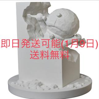 彫刻ドラえもん white  ver 新品(キャラクターグッズ)
