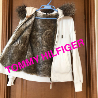 TOMMY HILFIGER - ☆TOMMY HILFIGER❣️ファー付きパーカー