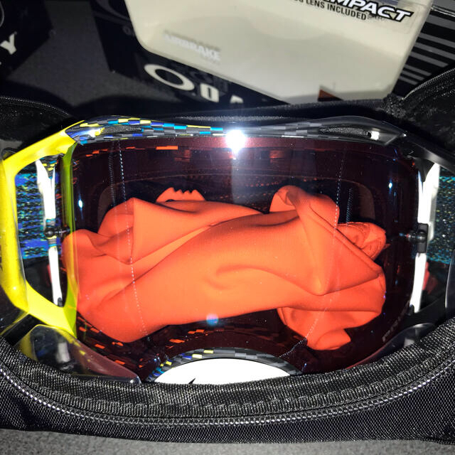 Oakley(オークリー)の新品 Oakley Airbrake MX Prizm Sapphire 自動車/バイクのバイク(装備/装具)の商品写真