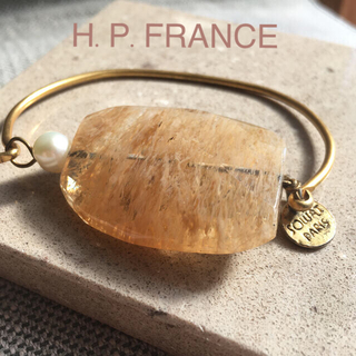アッシュペーフランス(H.P.FRANCE)のスソワットパリ 天然石 ベージュ ブレスレット インポート(ブレスレット/バングル)