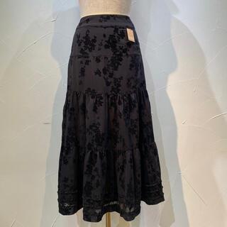 インゲボルグ(INGEBORG)のインゲボルグ 定価4万1800円 花柄フロッキータイプのスカートです。(ロングスカート)