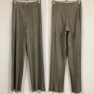 PLEATS PLEASE ISSEY MIYAKE - PLEATS PLEASE パンツ カーキ系 サイズ1 PP81-JF433