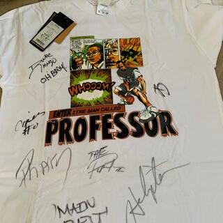 アンドワン(And1)のAND1 サイン入りTシャツ(バスケットボール)