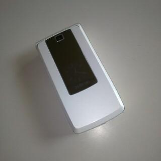 エルジーエレクトロニクス(LG Electronics)のL-03a SIMロック解除済  白(携帯電話本体)