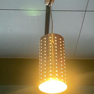 シルバーの照明(天井照明)