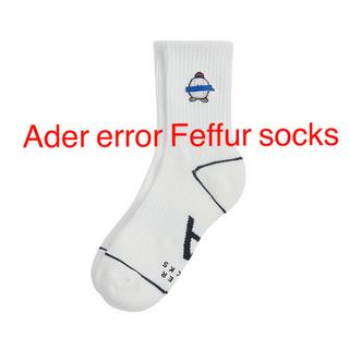 メゾンキツネ(MAISON KITSUNE')のAder error Feffur socks White (ソックス)