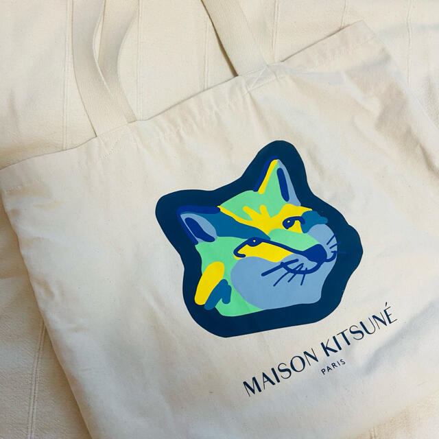 MAISON KITSUNE'(メゾンキツネ)のトートバッグ メンズのバッグ(トートバッグ)の商品写真
