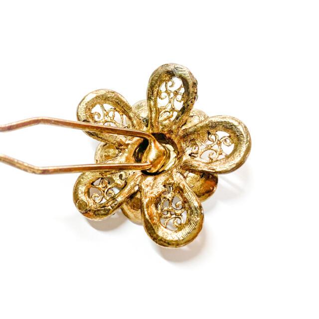 acca(アッカ)の二本軸 簪かんざし 花 金 ゴールド/ヘアアクセサリードレス 着物 振袖 レディースのヘアアクセサリー(ヘアピン)の商品写真