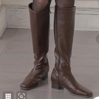 コウベレタス(神戸レタス)のKOBELETTUCE スクエアトゥスリムシルエットロングブーツブラウンSサイズ(ブーツ)