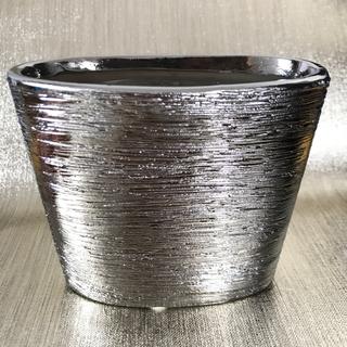 アクタス(ACTUS)のメタリックシルバー 陶器のモダンな花器 ウッド調(高) フランベース 小物入れ(花瓶)