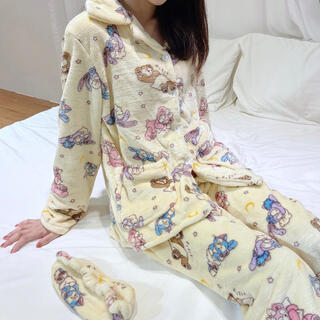 日本未発売 ダッフィーフレンズ パジャマ ルームウェア アイマスク付き Mサイズ