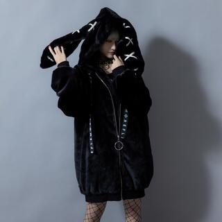 フーガ(FUGA)のREFLEM【レフレム】うさ耳オーバーサイズフェイクファーパーカー コート(毛皮/ファーコート)