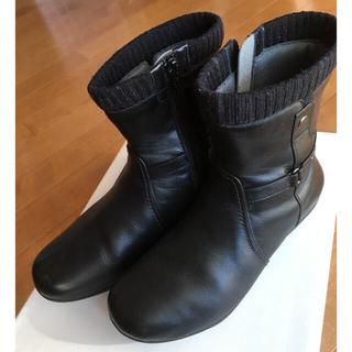 アシックス(asics)のアシックスasics pedala 美品❣️本革ショートブーツ ブラック(ブーツ)