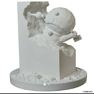 メディコムトイ(MEDICOM TOY)の「彫刻家ドラえもん White Ver.」(その他)