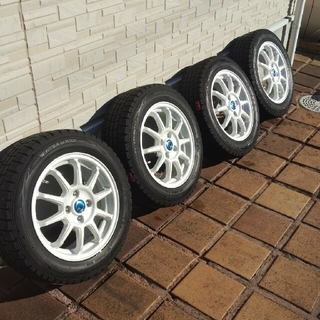 ダンロップ(DUNLOP)のスタッドレスタイヤ 15インチ ホイール4本(タイヤ・ホイールセット)