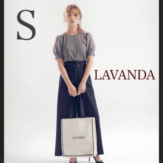トリプルエー(AAA)の【新品】LAVANDA ウエストバックルワイドパンツ(その他)