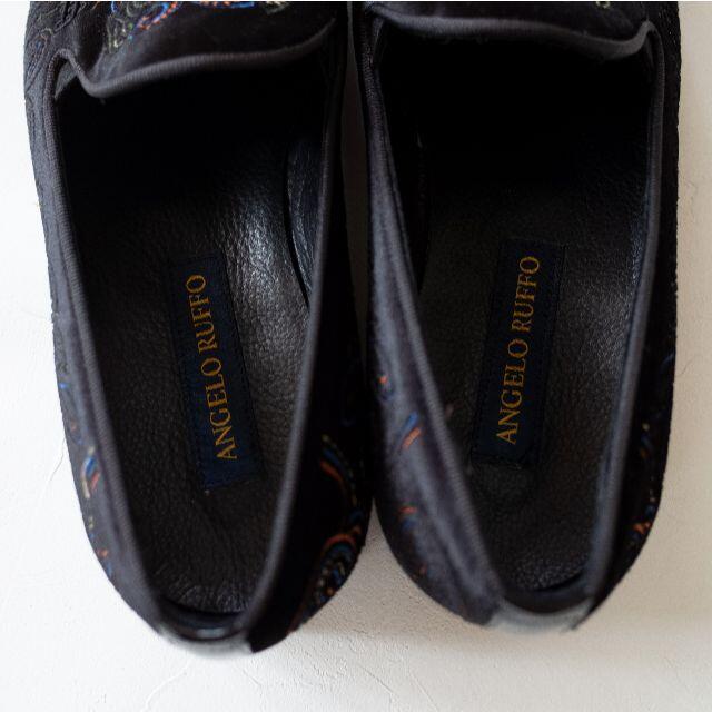angelo ruffo タッセルスリッポン ローファー 刺繍 ブラック 43 メンズの靴/シューズ(スリッポン/モカシン)の商品写真